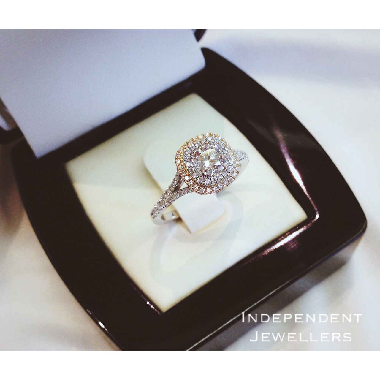 Winnipeg Engagement Rings & Gift Ideas